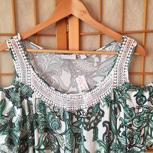 New York & Company Dresses - New York & Company Cold Shoulder Dress